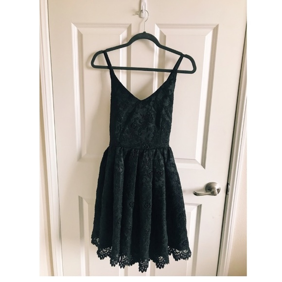 Urban Outfitters Dresses Black Short Lace Winter Formal Prom Dress